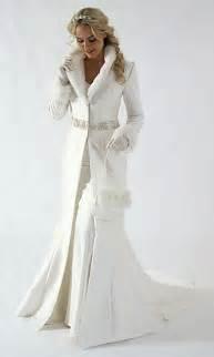 Christmas wedding dress christmas bride dress and unique skills