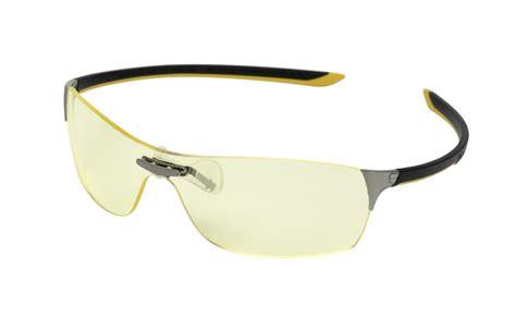 Kursi Quadra lensa squadra vision dan bingkai kacamata purple temple dari tag heuer maniatekno s