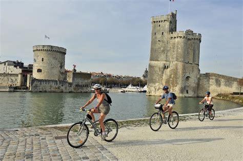 Prends ton vélo, j?t?emmène en vacances ! ? Au pays des merveilles