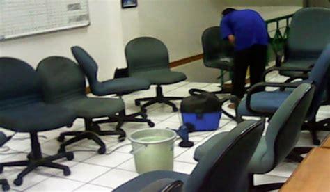 Kursi Kantor Bekasi jasa cuci sofa cuci karpet cuci springbed bintang cleaner