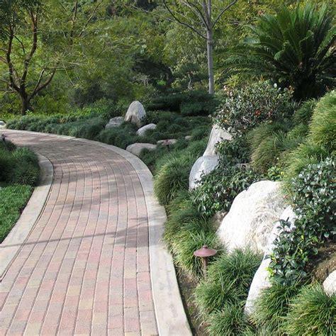 slope landscaping ideas for backyards backyard landscaping on a slope the bangups decor