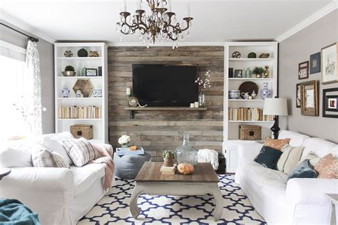 build a living room how to build a pallet accent wall