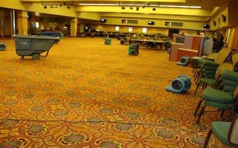steam clean wool area rug steam clean wool rug roselawnlutheran