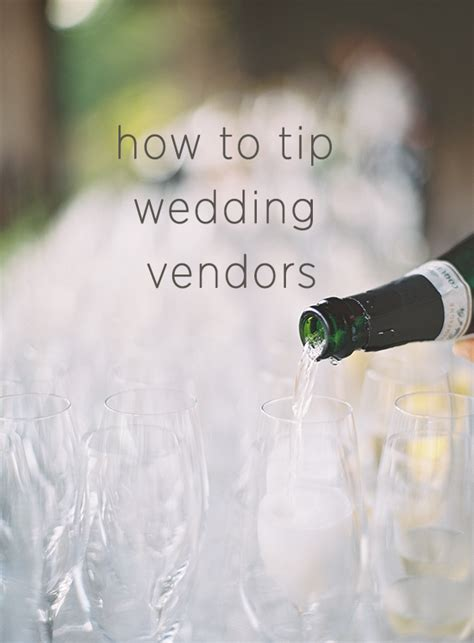 how much to give for wedding how much to tip wedding vendors oncewed com