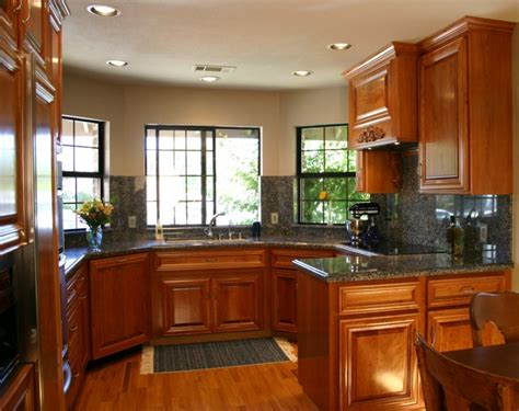 Kitchen Cabinet Gallery by Kitchen Design Ideas For Small Kitchens 2013