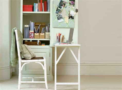 how to turn any bookshelf into a fold out desk curbly