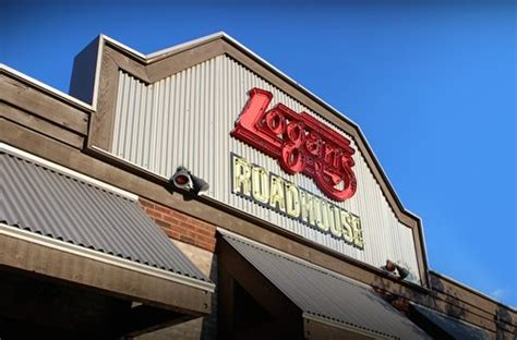 Veterans Day Food Giveaways - logan s roadhouse honors military members with free meals on veterans day restaurant