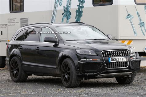future bentley future bentley suv spied disguised as audi q7 gtspirit