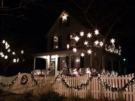 christmas lights on fence 40 interesting christmas garland decoration ideas all