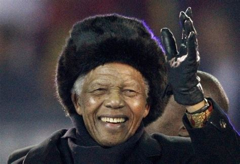 biography of nelson mandela of south africa nelson mandela south africa s first black president in