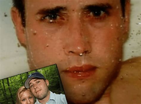 new crime photos inside the bloody shower where jodi arias killed travis