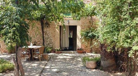 imagenes de jardines rusticos de 50 fotos de jardines r 250 sticos para decorar el patio