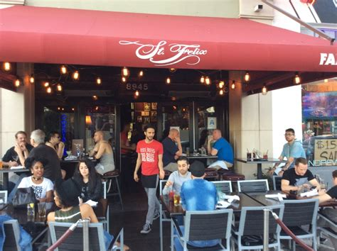 top 10 bars in hollywood the 10 best bars in west hollywood