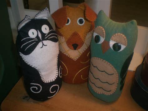 cat door stopper pattern free pattern kitty dog or owl doorstop sewing