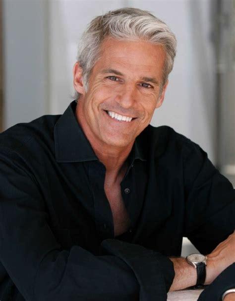 Coloration cheveux homme   nécessité ou caprice pour les cheveux gris