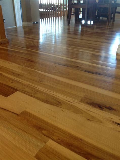 how many coats of finish on hardwood floors titandish