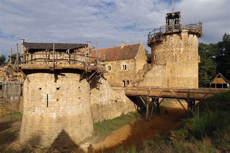 Building Castles by Building A 13th Century Castle In The 21st Century The