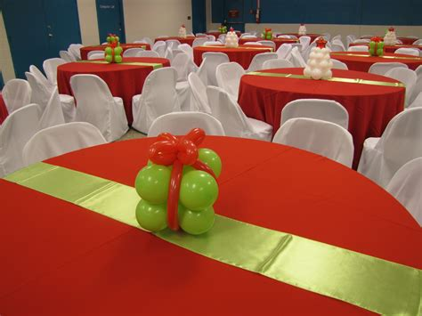 holiday christmas tablecloth