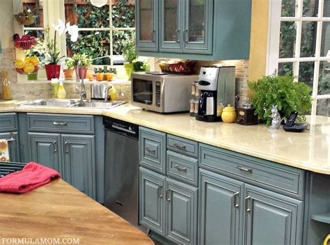 kitchen color scheme visiting the set of abc family s joey