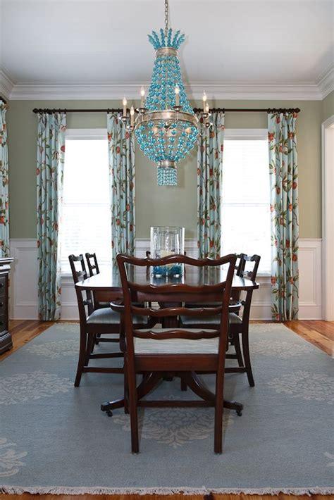 Riverside dining room
