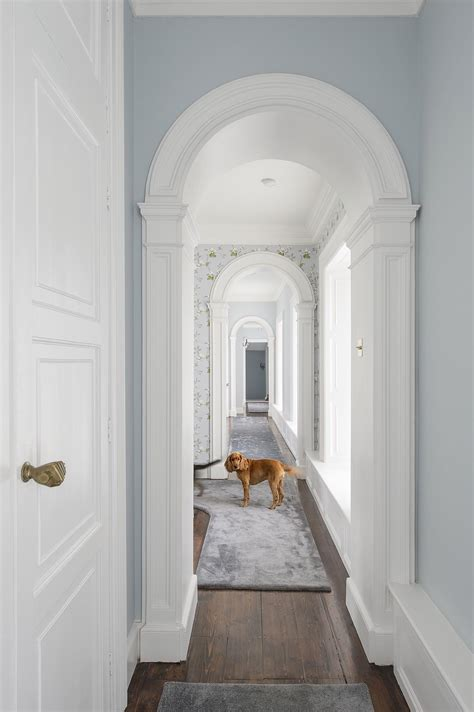 upstairs hallway with grey and silver ireland classic