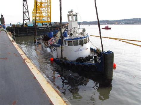 tugboat crash tappan zee bridge tappan zee bridge tugboat crash ntsb issues report