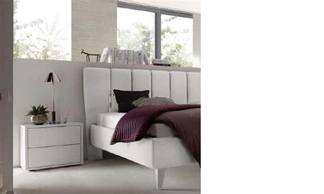 chambre adulte design blanc chevet design blanc et chrom 233 chambre adulte