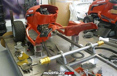 Motor Cross Mini Mesin Potong Rumput top gear dan honda ciptakan mesin potong rumput tercepat