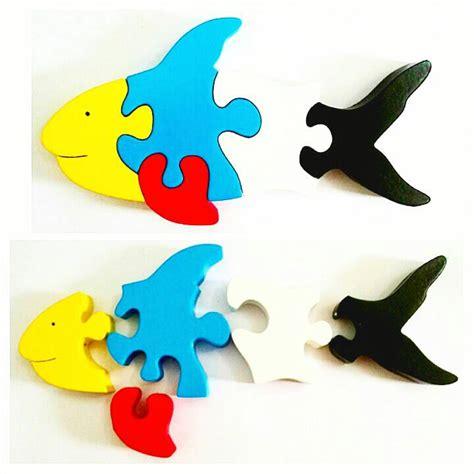 Puzzle Kayu Abjad Bentuk Ikan jual mainan edukasi puzzle cat satuan ikan devtoyshop