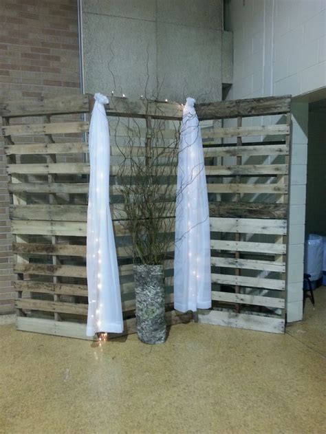 Furniture Their Backdrops 2 by Best 25 Pallet Backdrop Ideas On Rustic