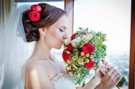 Schöne Brautfrisuren by 34 Beispiele F 252 R Zeitlose Brautfrisuren Mit Schleier