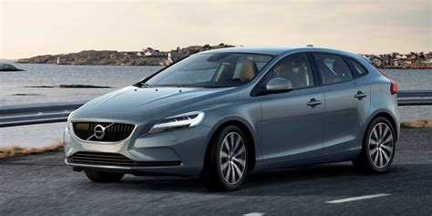 volvo hatchback volvo v40 compact hatchback is coming to the us business