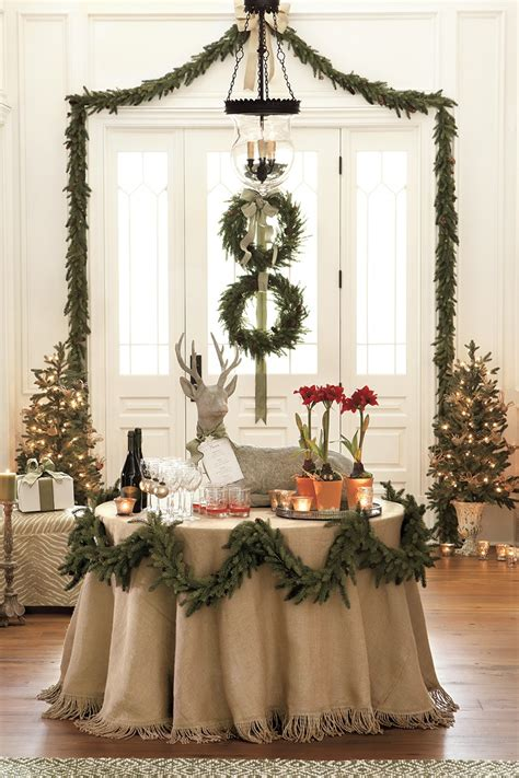 elegant christmas table christmas pinterest creative elegant holiday garland ideas tidbits twine