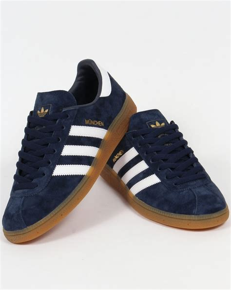 Adidas Munchen Snakers adidas munchen trainers navy white shoes blue originals