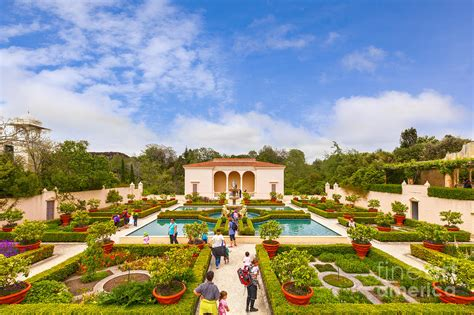 italian renaissance garden hamilton gardens new zealand