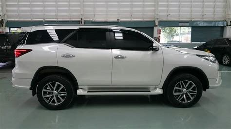 new fortuner 2016 youtube 2016 toyota fortuner body kit 2016 toyota toyota fortuner besides 2016 new toyota fortuner on all