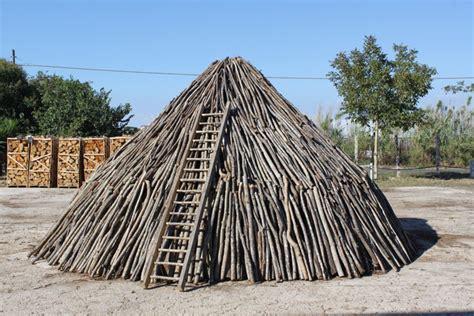 trulli legna e camini arte nei luoghi lavoro l azienda trulli legna e
