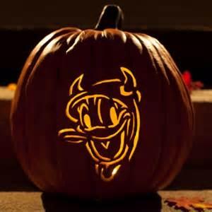 Disney Halloween Pumpkin Carving Patterns - donald duck pumpkin carving template disney family