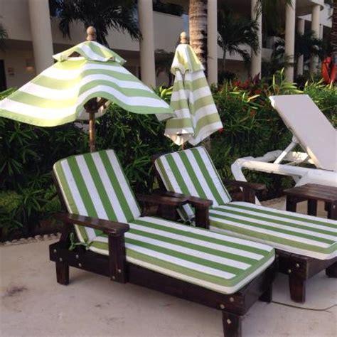 mini lounge chairs mini lounge chairs at the kiddie pool