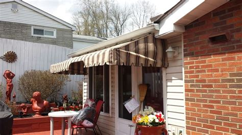 laurel awning 1000 ideas about deck awnings on pinterest patio awnings retractable awning and