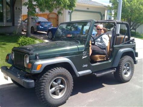 Driving 79 Black Dr Mocc by The Jeep Experience Newsletter Issue 054