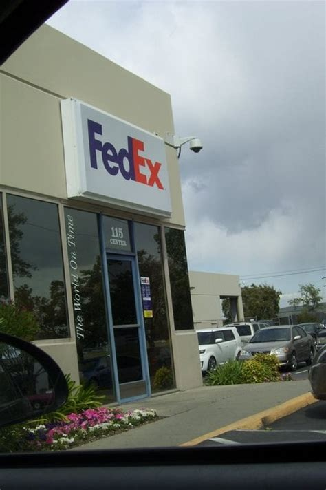ups lost package front door fedex ship center 30 reviews shipping centres 115