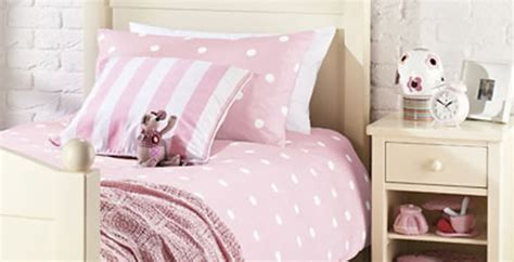 feather and black bed linen pink polkadot set feather black
