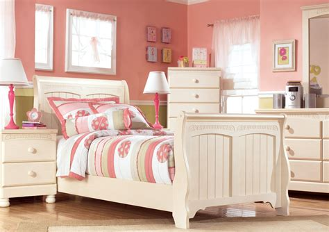 cottage retreat bedroom set cottage retreat youth sleigh bedroom set from b213