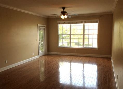 craigslist ma apts for rent elegant craigslist miami apartments south florida with craigslist what does 1 500 in rent get you around the country