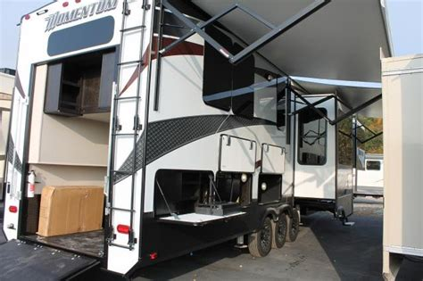 Forest River Fifth Wheel Floor Plans by 2017 Grand Design Momentum 376th Front Living Toy Hauler