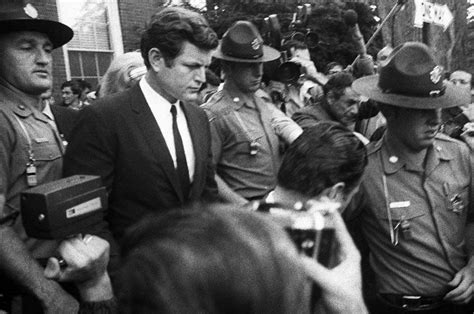 Chappaquiddick Tragedy New Book Questions Ted Kennedy S Chappaquiddick Tragedy Lifestyle Capecodtimes Hyannis Ma
