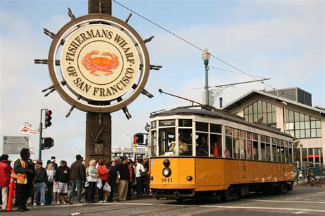 fisherman s wharf historic f line streetcar at fisherman s wharf in san fran