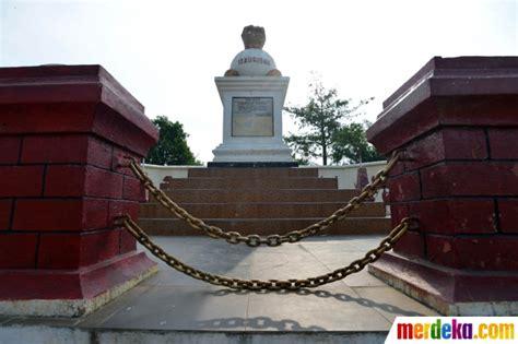 Pembela Tanah Air Peta Di Cileunca Bandung foto mengunjungi monumen kebulatan tekad rengasdengklok