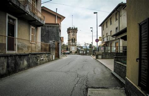 popolare di bergamo calolziocorte torre de busi torna a bergamo depositato progetto al